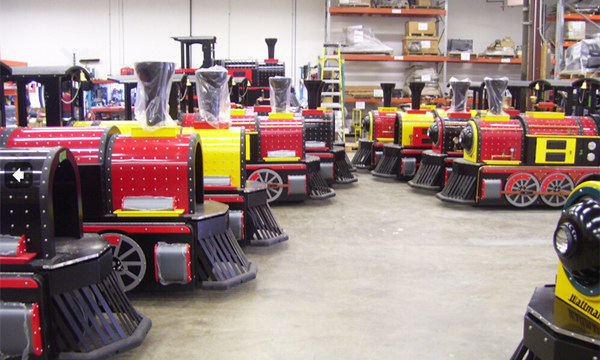 Trackless Train In Stock- Beston Amusement train