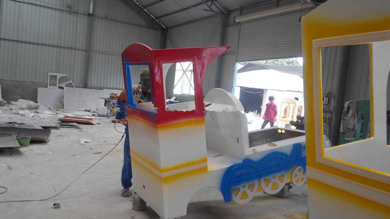 Trackless Train painting6- Beston Amusement train