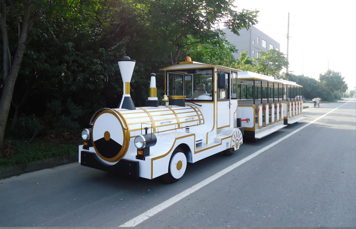 Wihte trackless tourist train for sale